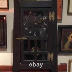 ARTS AND CRAFTS MANTEL CLOCK. Santa Clara model from NEW HAVEN Clock Co