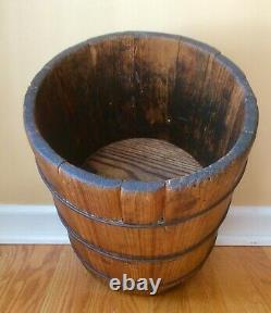 Aafa Late 1800's Primitive Wooden Double Dry Grain Measure From New England
