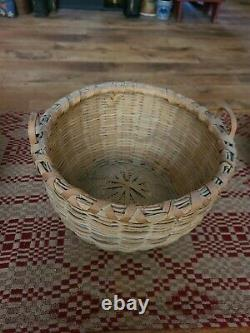Antique AAFA Taconic Shaker Basket with side handles from Pleasant Hill Ky