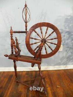 Antique American Spinning Wheel from early 1800's