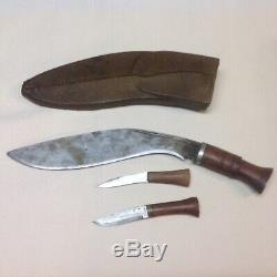 Antique kukri knife from the royal place arms catch in Nepal