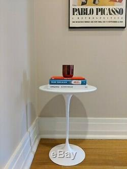 New! Original Knoll Saarinen Side Table in White, Mid-Century Design from 1957