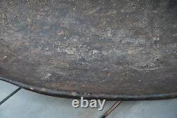 Old New Guinea Carved Wooden Ramu River Bowl 19thC with patina from years of use